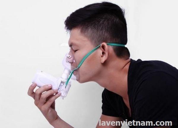 Máy khí dung Microlife NEB300 chất lượng thụy sĩ là sản phẩm cung cấp giải pháp tuyệt vời cho người đang mắc bệnh hen suyễn hoặc bệnh liên quan đường hô hấp