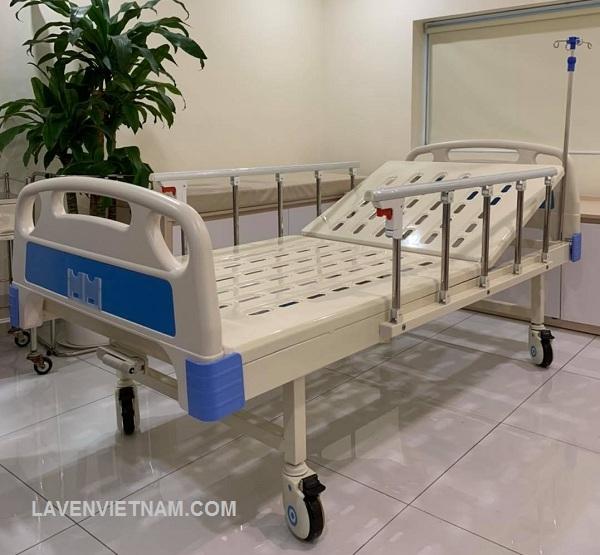 Giường bệnh nhân 1 tay quay TaJerMy G01B