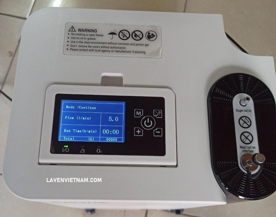 Máy tạo oxy 5 lít Aerti có kèm theo chế độ xông khí dung