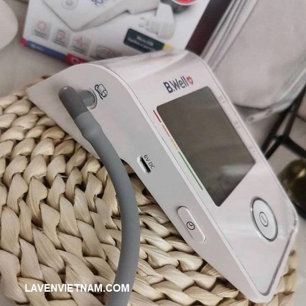 Bạn có thể sạc bằng các rắc sạc của điện thoại