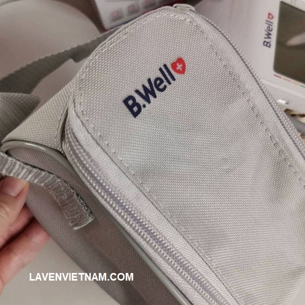 Thiết kế có túi đựng đi kèm để bảo quản máy đo huyết áp