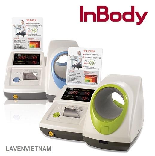 Máy đo huyết áp bắp tay Inbody BPBIO320 cho phép đo huyết áp của bệnh nhân mà không cần bất kỳ sự trợ giúp chuyên nghiệp nào. Kết quả sẽ được tự động in ra bằng máy in nhiệt được cài đặt vào thiết bị. Quá trình này cũng tiết kiệm thời gian để sàng lọc bệnh nhân tăng huyết áp.