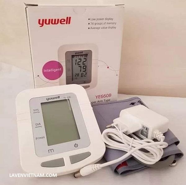 Máy đo huyết áp điện tử bắp tay Yuwell YE660B - 0