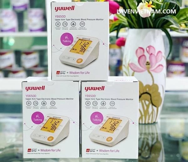 Máy đo huyết áp điện tử Yuwell YE650D có giọng nói tiếng Việt được người lớn tuổi Việt Nam ưa chuộng