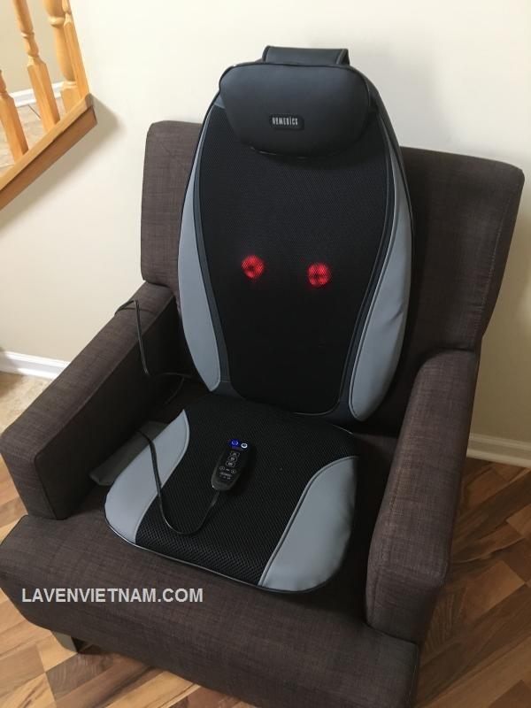 Đệm massage lưng HoMedics MCS-380HA nhẹ nhàng massage cho phép bạn thư giãn hơn nữa và giải phóng căng thẳng ở lưng