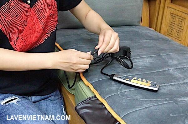 Điều khiển tay giúp bạn dễ lựa chọn mức cường độ phù hợp