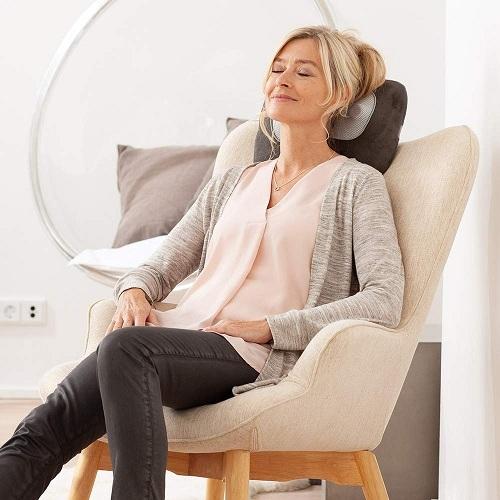 Bạn dễ dàng thư giãn tại nhà với Gối massage cổ vai gáy Medisana MC840