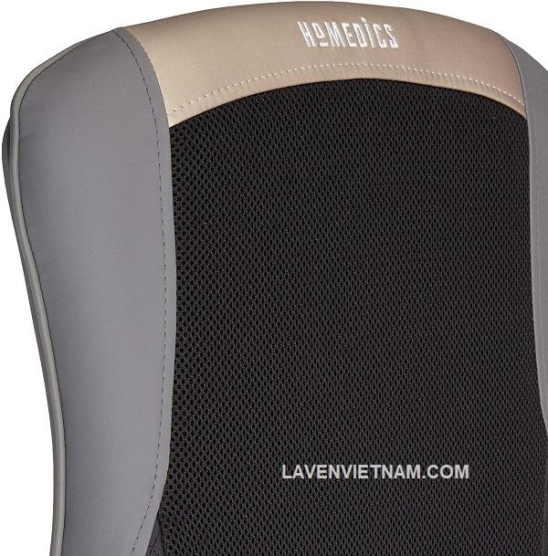 Cơ chế massage shiatsu nhào trộn sâu di chuyển lên xuống, giúp thư giãn toàn bộ lưng của bạn