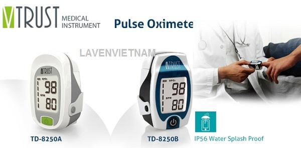Máy đo nồng độ khí Oxy bão hòa trong máu Vtrust TD-8250 có thể đo nồng độ Oxy trong máu (theo %) và nhịp tim (nhịp đập mỗi phút).