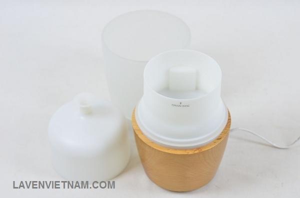 Máy khuếch tán tinh dầu HoMedics là thương hiệu số 1 thế giới về các sản phẩm massage chăm sóc sức khỏe và làm đẹp (chiếm 67% thị phần toàn thế giới  - theo Bloomberg).