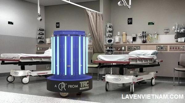 Đèn khử trùng bằng tia cực tím UV được sử dụng nhiều trong hệ thống bệnh viện phòng khám