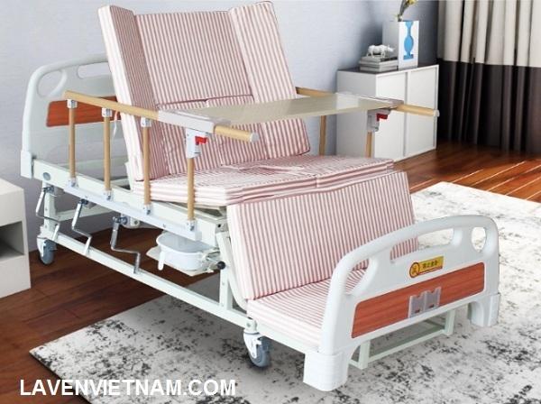 12 chức năng của giường y tế tay quay giúp chăm sóc bệnh nhân dễ dàng
