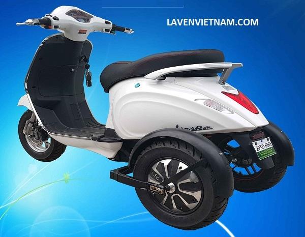 Xe điện 3 bánh Vespa X3-LV9 màu trắng