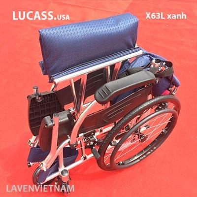 Xe lăn Lucass X63L dễ dàng gập lại gọn gàng tiện cho việc di chuyển, đi du lịch…, để được trong tất cả các cốp xe ô tô