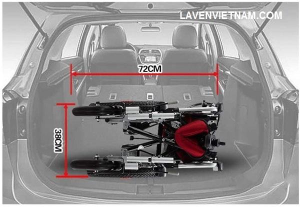 Xe lăn điện Tajermy XD07 có thể gập lại dễ dàng và phù hợp với mọi không gian trong cốp xe