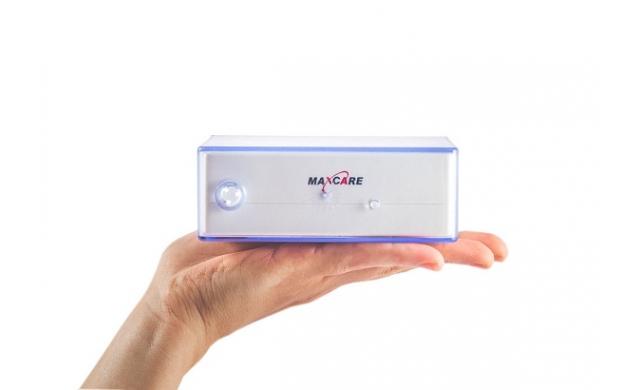 Máy tăm nước du lịch Maxcare Max456 mini