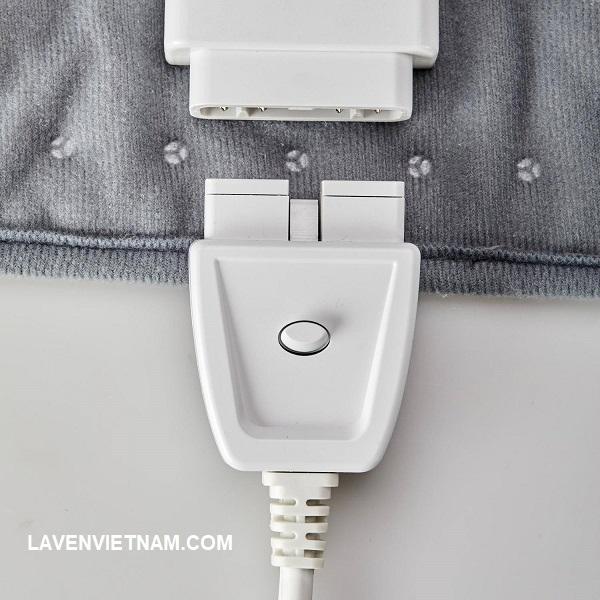 Phần nối điện có thể tháo ra để giặt