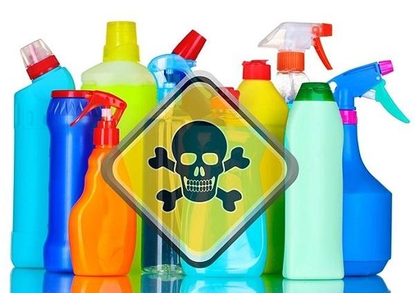 Hạn chế sử dụng các hóa chất gia đình vì những nguy cơ tổn hại sức khỏe từ mùi và tiếp xúc