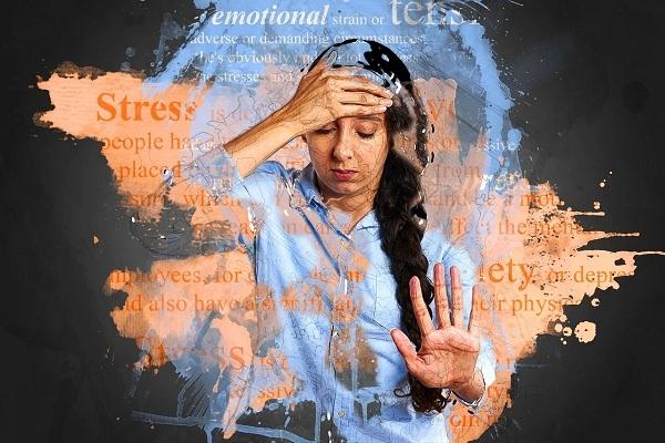 Đừng để mất liên hệ với thế giới bên ngoài, điều này có thể dẫn người bị suy nhược thần kinh thẳng tiến tới trầm cảm, và vì mất ngủ và mệt mỏi nên họ càng phải chú ý đến bản thân và thu xếp thời gian nghỉ ngơi.