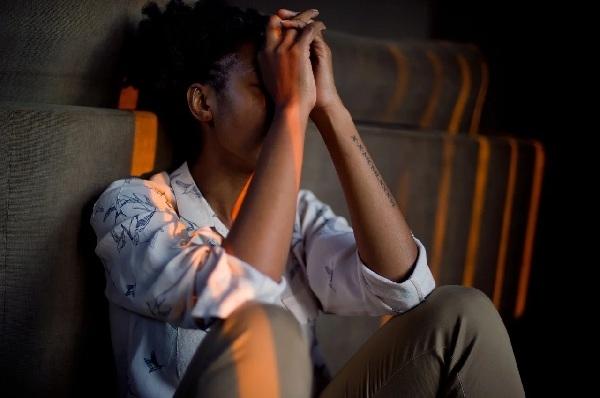 Suy nhược thần kinh ngày càng trở lên phổ biến do áp lực công việc và gánh nặng gia đình