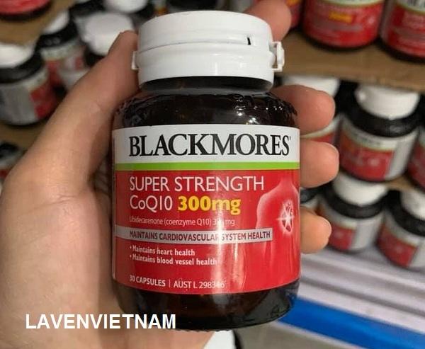 Blackmores Super Strength CoQ10 300mg giúp giảm nguy cơ bị tai biến, hỗ trợ sức khoẻ tim mạch, bù lại mức Coenzyme Q10 bị giảm dần theo độ tuổi, tăng cường hệ miễn dịch, giảm cholesterol trong máu.